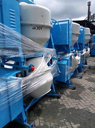 Brand new 500l aico concrete mixer. image 1