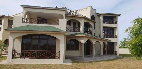 Prime Furnished Property for Sale in Vipingo Beach image 2