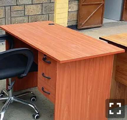 Trading manufacture office/home desk image 1