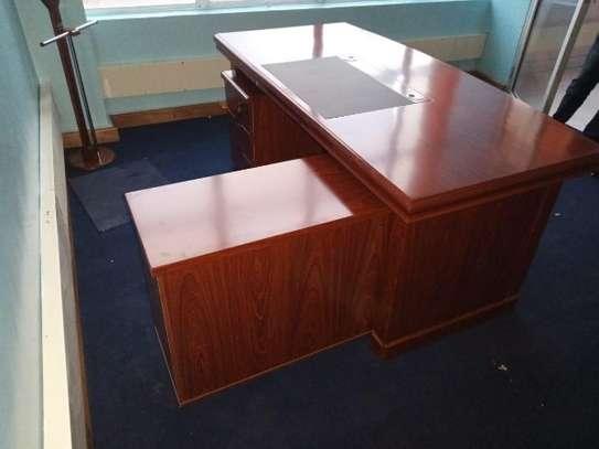 1.6m executive office desk image 2
