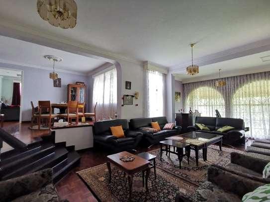 4 bedroom house for rent in Runda image 12