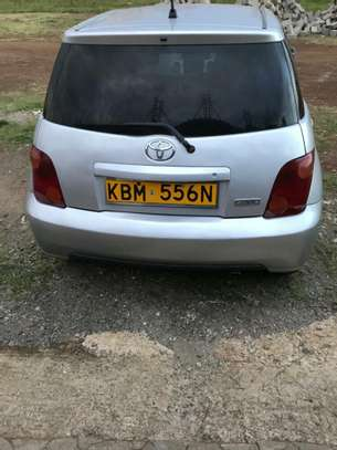 Toyota IST image 3