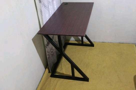 Study table image 2