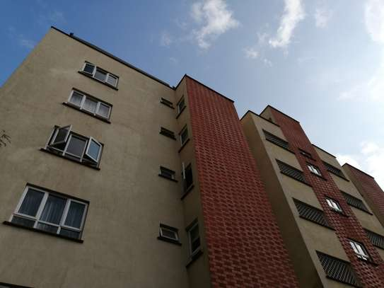 2 bedroom apartment for rent in Brookside image 15