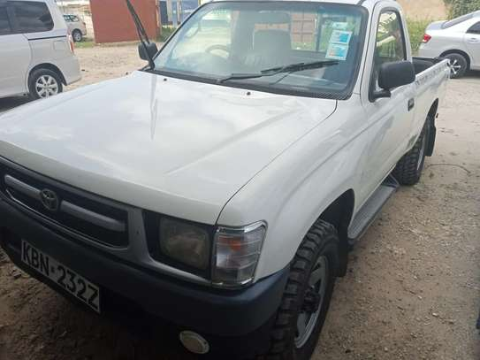 Toyota Hilux - Single Cabin 4WD