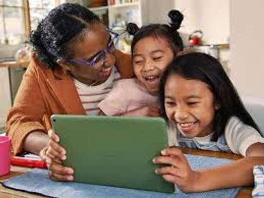 kids tablet color choice image 2