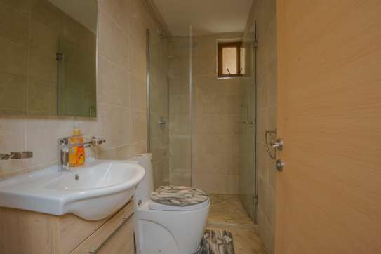Furnished 1 bedroom apartment for rent in Kileleshwa image 10