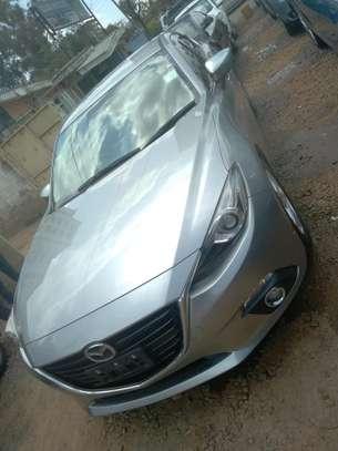 Mazda Axela2014 image 4