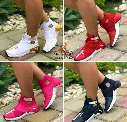 Fashionable puma ladies shoes image 1