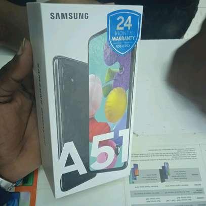 Samsung A51 new 128gb 6gb ram 48mp camera in shop image 2