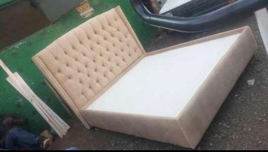 Modern Bed image 1