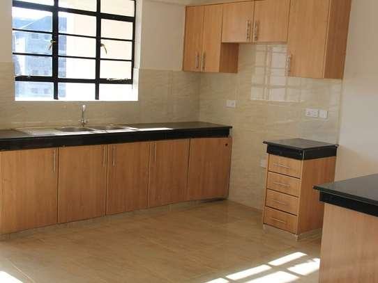 Ruaka - Flat & Apartment image 13