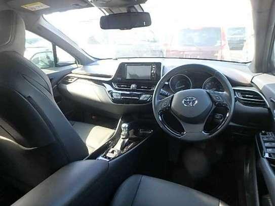 Toyota C-HR image 3