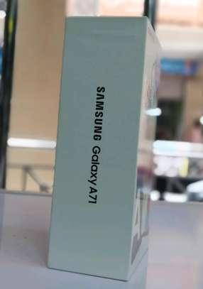 SAMSUNG GALAXY A71 6GB 128GB image 2