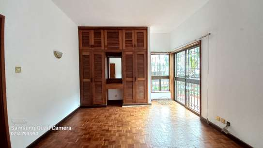 commercial property for rent in Parklands image 12