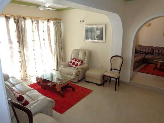 4 br fully furnished house with swimming pool for rent in Nyali. ID1529 image 5