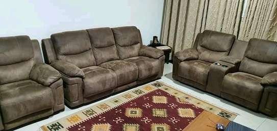Luxurious Modern Quality 5 Seater Non-Reacliner Sofa image 1
