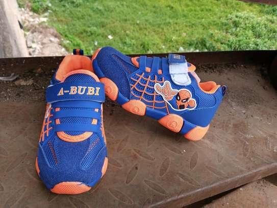 Bubi spider image 1