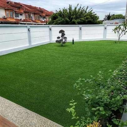 ARTIFICIAL TURF GRASS CARPETS A image 3