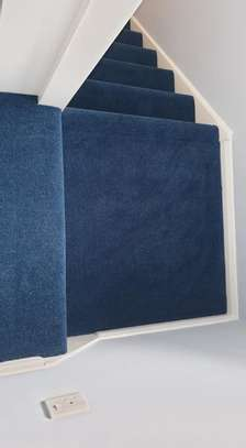 BLUE Wall to wall carpets image 6