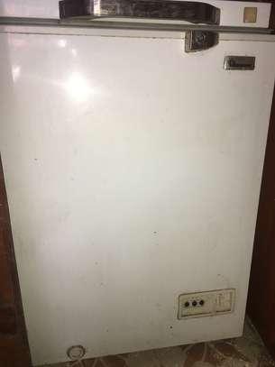 Chest freezer image 3