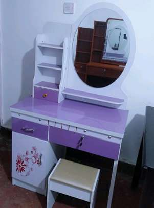 Classy Dressing table image 1