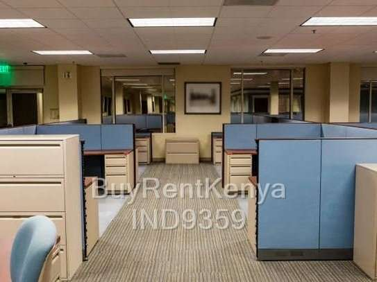 1800 ft² office for rent in Ngara image 2