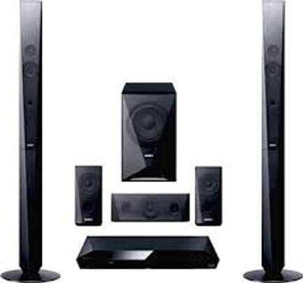 1000 watts Sony DAV DZ 650 home theater at 32500 image 1