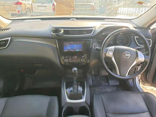 Nissan xtrail 2014 deal deal in mombasa image 2