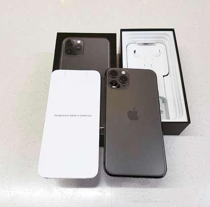 Apple iPhone 11 Pro Max (256GB) image 3