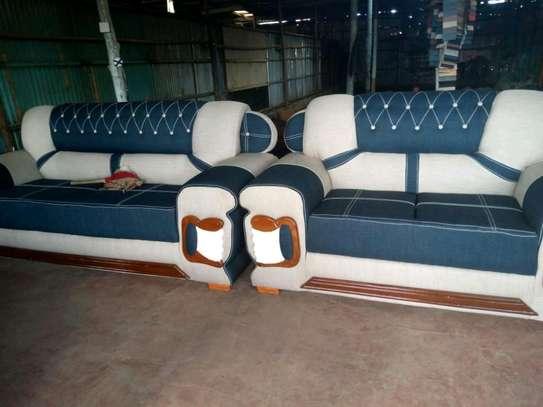 Quicy furniture image 8