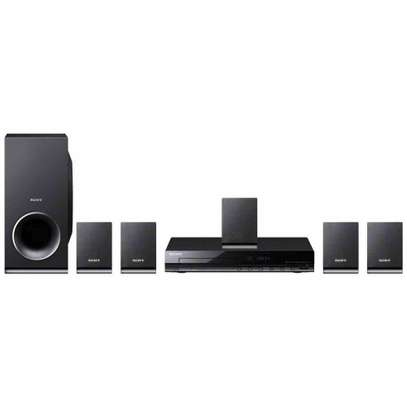 TZ140 Sony Home Theater System image 1