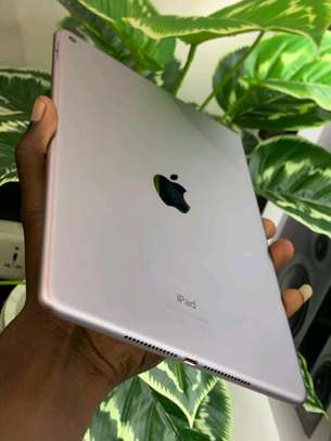 Ipad Air 2 64GB In shop(Clean as new EX-USA) with delivery services image 1