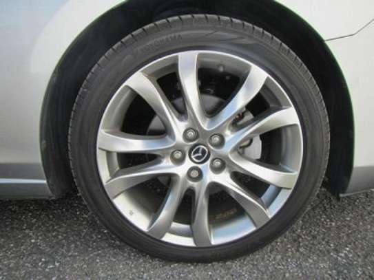 Mazda Atenza image 14