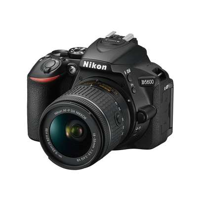 Nikon D5600 Camera With 18-55mm Lens - Free Lens Cap and 32GB SD Card image 1