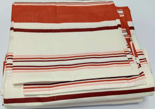 bed spreads  red print image 1