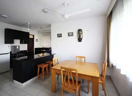 3 bedroom apartment for sale in Tudor image 4