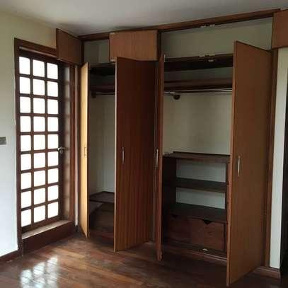 3 Bedroom All ensuite apartment-Westlands,Off Raphta Road image 9