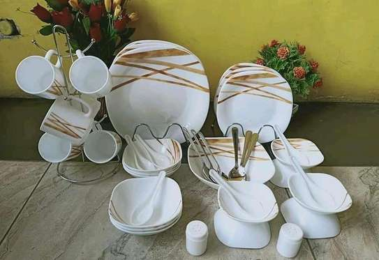 Brown and white dinner set image 1