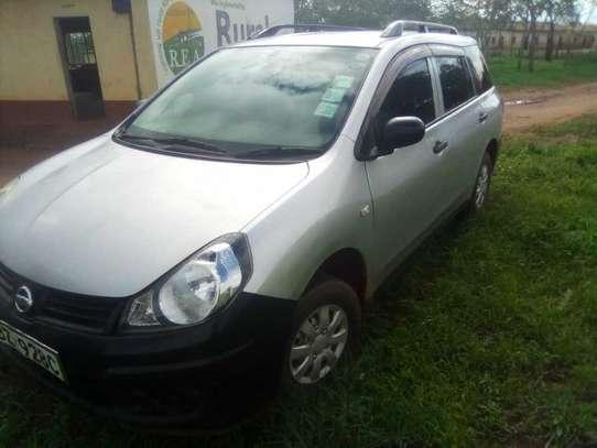 Nissan Advan image 3