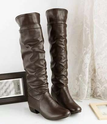 Leather high knee boots image 3