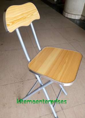 Foldable chair 2.0 fc image 1