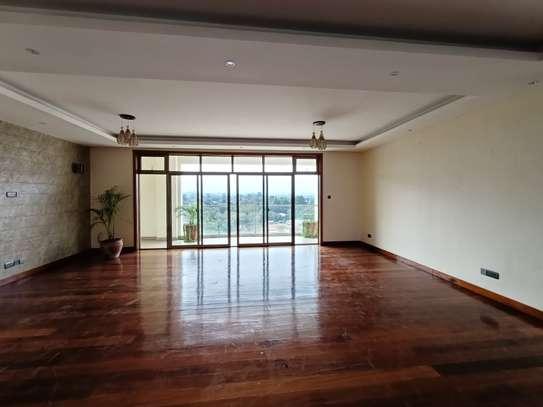 4 bedroom apartment for rent in Kileleshwa image 7