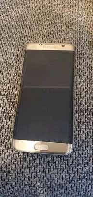 Samsung Galaxy S7 Edge image 1