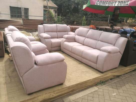 Ready Made Luxurious Contemporary Quality 7 Seater Non-Reacliner Sofaa image 3