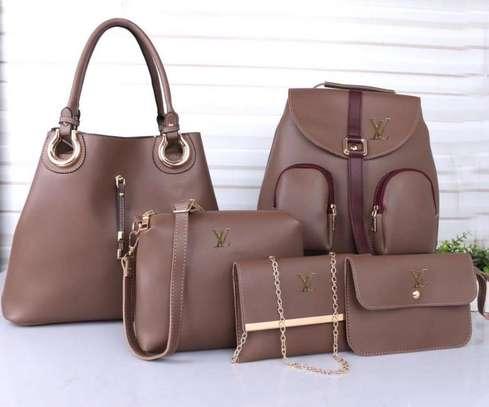 LV 5 in 1 handbag image 4