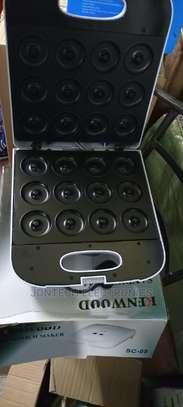 Kenwood 12 Donut Maker image 2