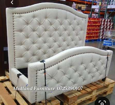 Tufted  button beds / Upholstered beds image 3