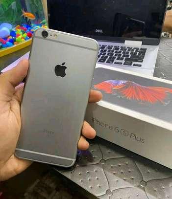 Apple Iphone 6s plus 128 Gigabytes And Iwatch image 1