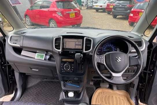 Suzuki Solio image 9